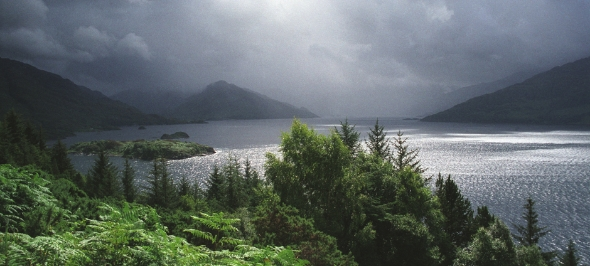 stormy-loch-hourn